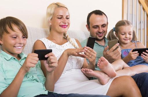 Família Conectada| Quem Smos | Viveza Telecom | Planos | Serviços